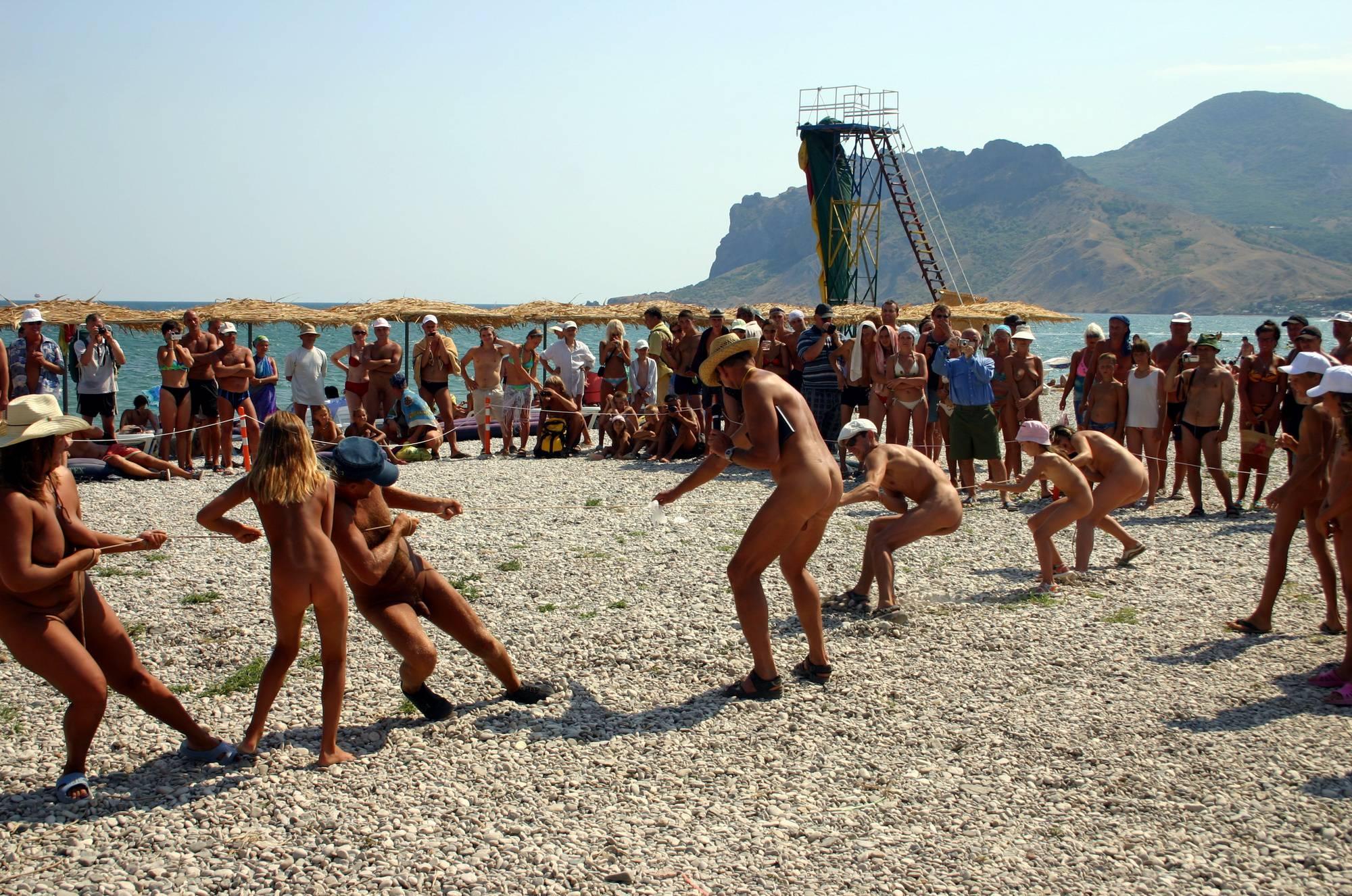Nudist Photos Beach Rope Pull Fighting - 1
