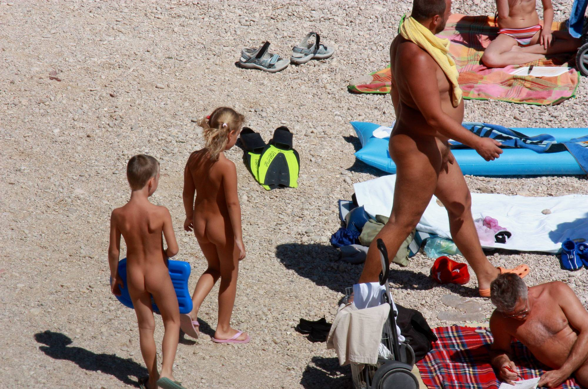 Nudist Pics Follow Nude Beach Family - 1