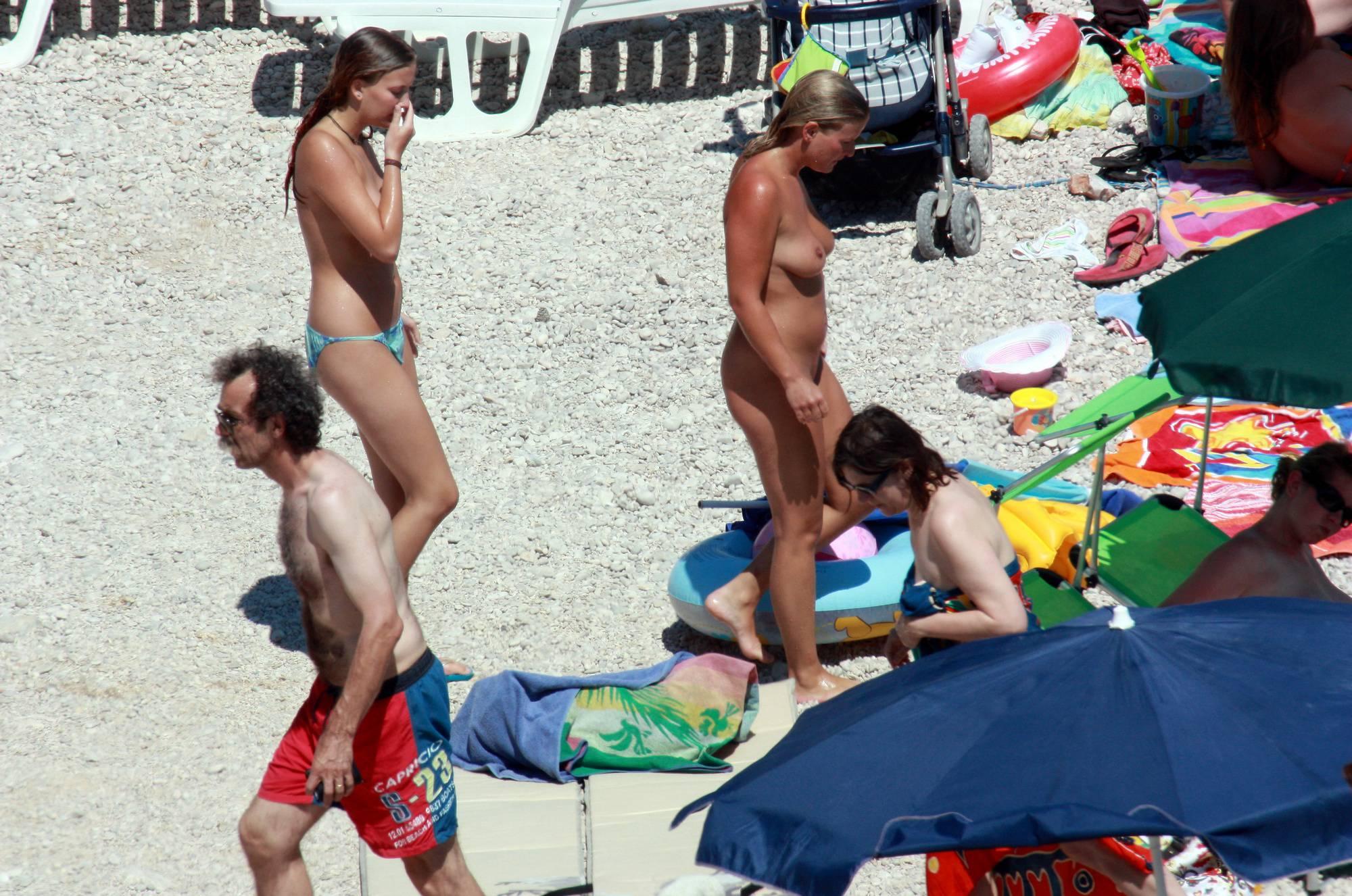 Nudist Pics Naturist Blue Topless Girl - 2