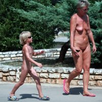 Naturist Bushy Trail Shots