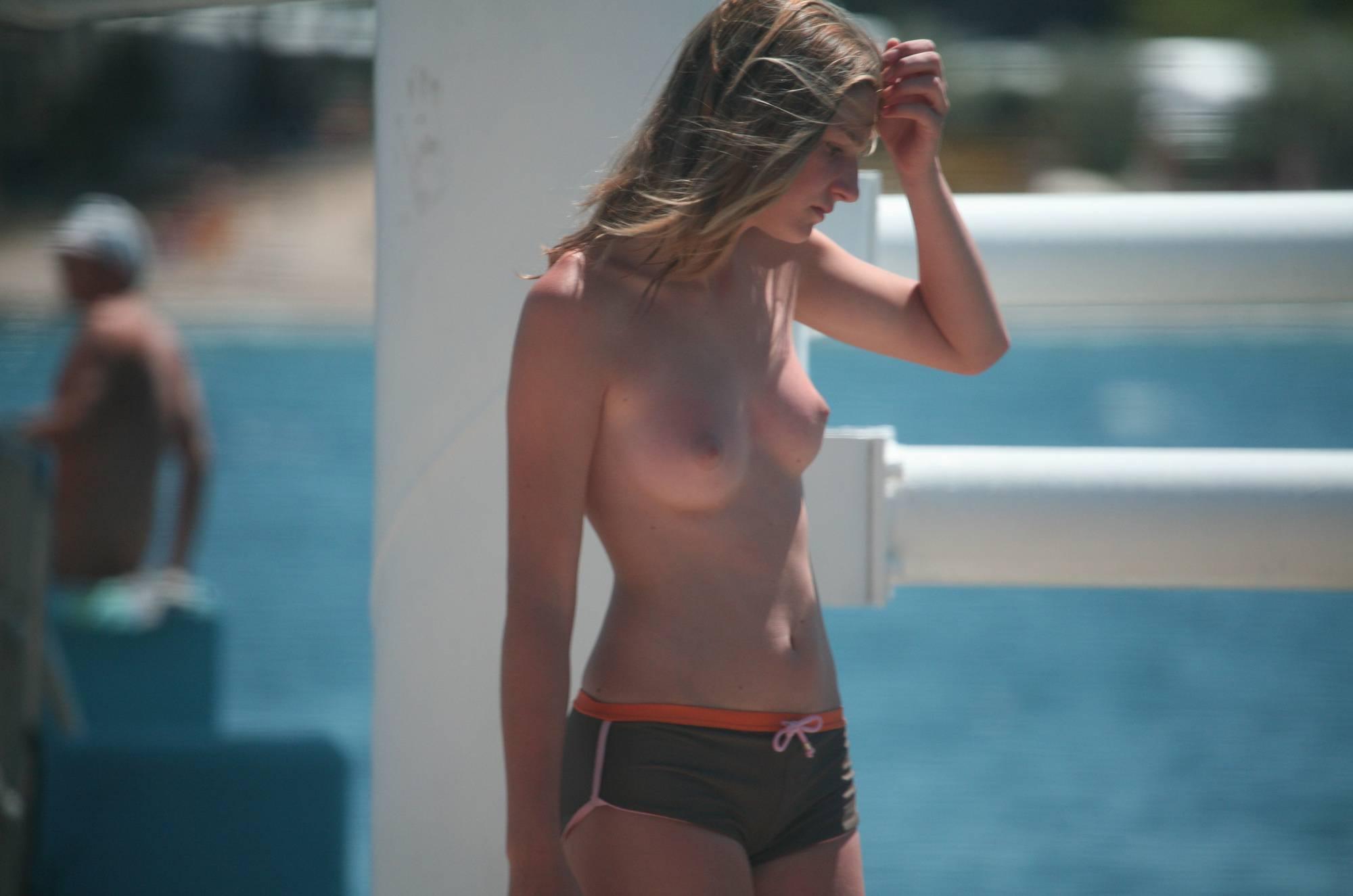 Nudist Gallery Nora FKK Nudist Beach Girl - 1