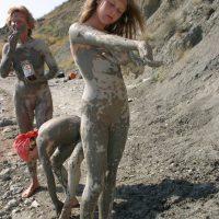 Shoreline Mud Painting