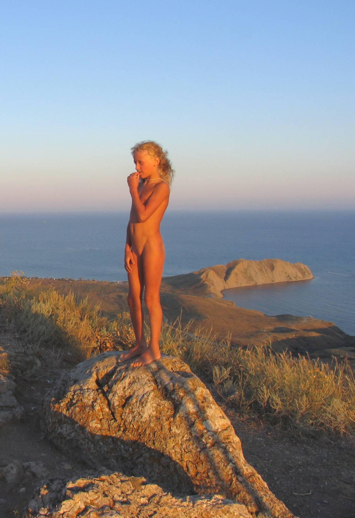 Nudist Pics Sunny Mountain Naturists - 1