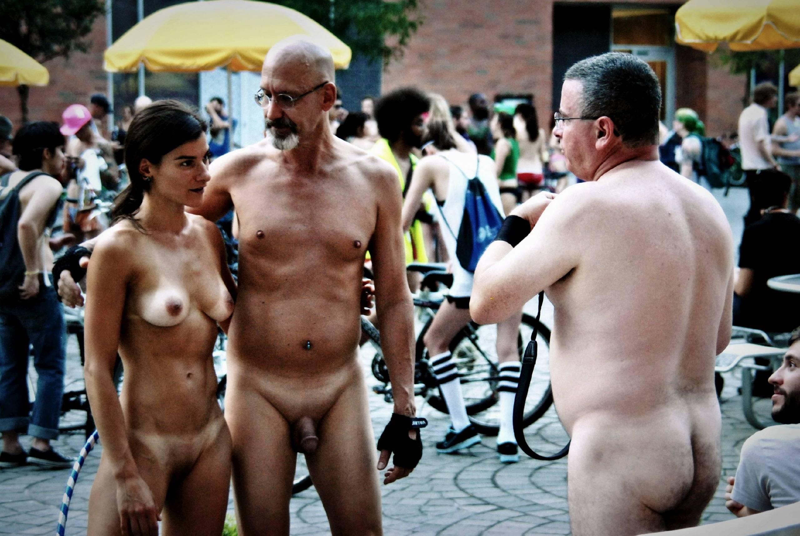 Nudist Photos World Naked Bike Ride [WNBR] UK 2011 - 2